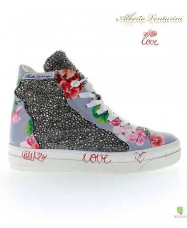 Sneaker Grigia ''Foolish Love''