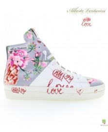 Graue Sneaker ''Crazy Love''
