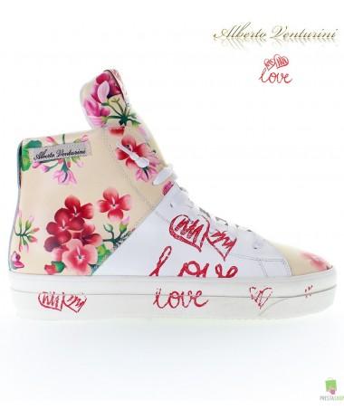 Бежевые кроссовки ''Crazy Love''